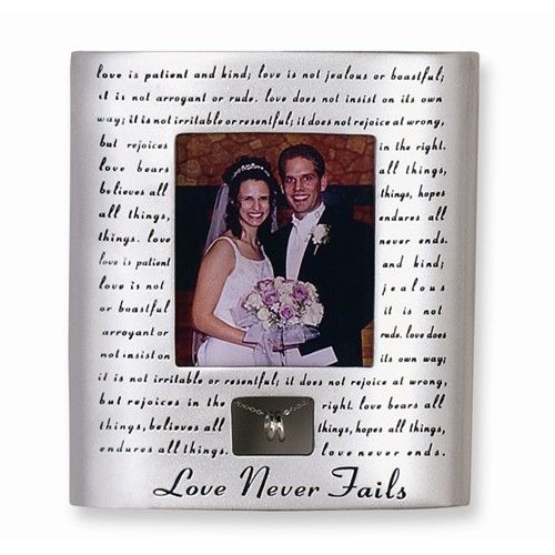 Love Never Fails Resin-stone Photo Frame