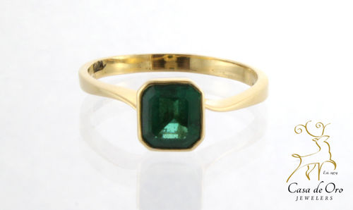 Emerald Ring 18K Yellow