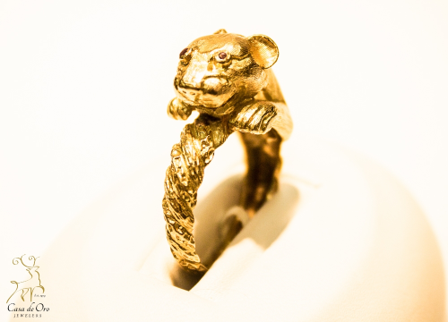 Garnet Jaguar Ring 18K Yellow