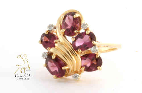 Garnet & Diamond Ring 14K Yellow