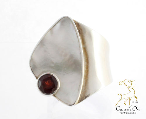 Pearl & Garnet Ring Sterling