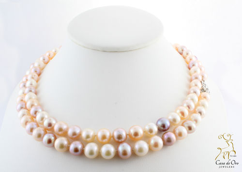 Freshwater Mauve and White Pearls 14KW