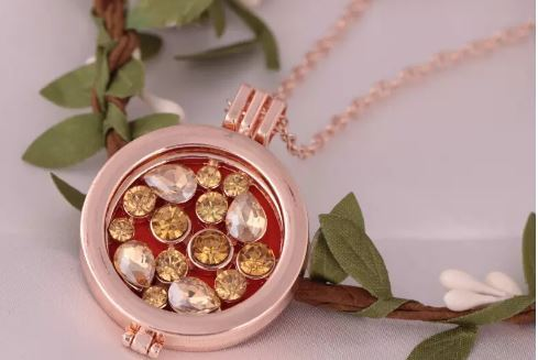 Rose Crystal Diffuser Necklace